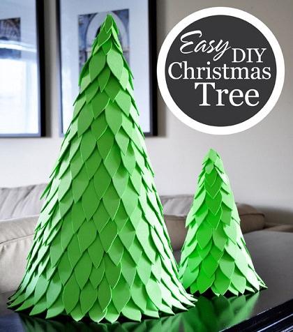 C mo hacer un rbol de navidad casero con los ni os - Como hacer un arbol de papel grande ...