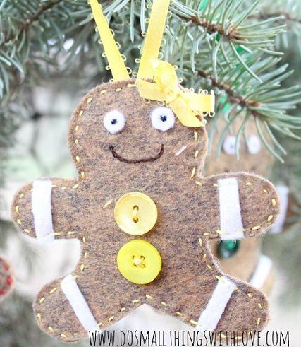 como hacer tus adornos de navidad de fieltro en 15 minutos; galletas de jengibre