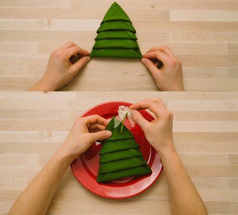 Servilleta con forma de rbol para decorar la mesa de navidad - Como preparar la mesa de navidad ...